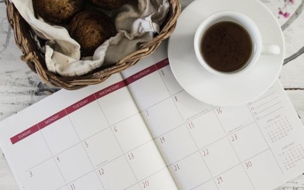 カレンダーとコーヒー